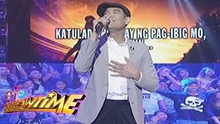 It's Showtime Singing Mo To: Jay R sings
