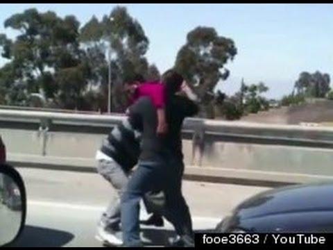 Road Rage Fight In LA GRAPHIC Video