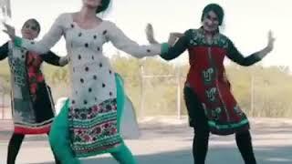 Desi luk dance