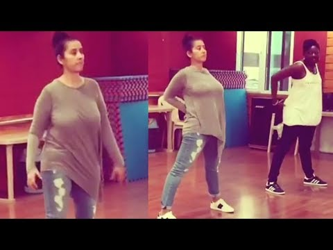 Manisha Koirala Bounce Shoulder Chest  Workout