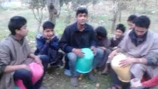 Celine kashmiri  Remix Kashmiri songs at Fruit garden Khansahib...