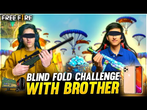 Blind Fold Challenge With My Brother 😂 Free Fire Clash Squad 1 vs 1 Gone Wrong😱 Garena Free Fire