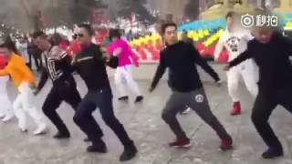 Seve is well received in republic squar  dance  in China