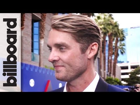 Brett Young on Surprise Win for New Male Vocalist of The Year   ACM 2018