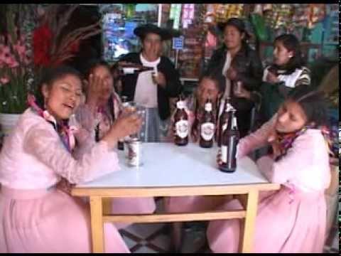 chicas rosas y claveles CERVECITA
