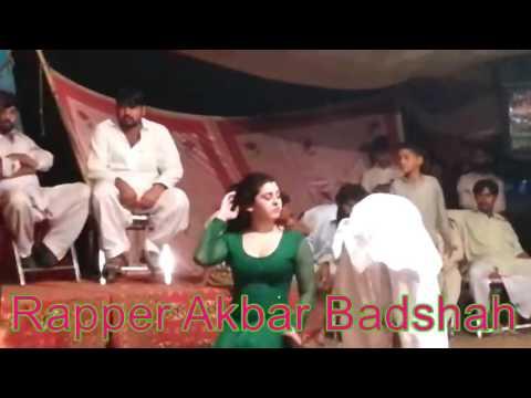 Khoobsurat Pakistani Haseena Ka Full Masti Or Romance Wala Mujra Dance On Stage