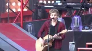 5 Seconds of Summer - Beside You - 8 June 14 Wembley Stadium HD