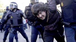 Eskorbuto - Mucha policia, poca diversión.wmv