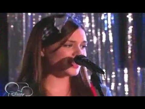 Violetta 2 Lara le canta Voy por ti a León en el Karaoke Capitulo 64