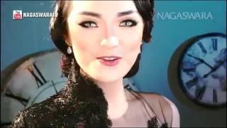 Zaskia Gotik   Tarik Selimut   Official Music Video HD   Nagaswara   YouTube