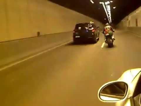 Kawasaki ninja zx6r 636 dans tunnel à Alger
