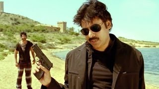 Pawan Kalyan Introduction Scene From Attarintiki Daredi Movie..