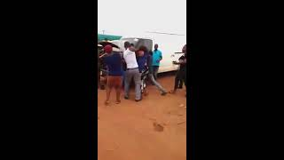 Two Benin Girls Caught Almost Naked While Fighting Over a Yahoo Boy