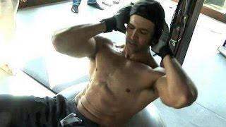 Hrithik Roshan Workout In Gym Dedication