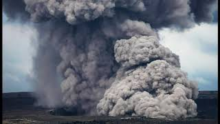 Hawaii Residents Flee Volcano As New Fissure Spews Lava!