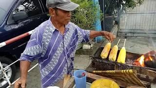 Jakarta Street Food - Sweet Spicy Roasted Corn - Jagung Bakar Manis Asin Pedas - Indonesia Culinary