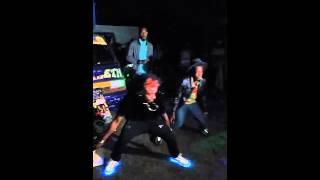 Bulletproof876 new dance move*COSMIC* NEW step very active move vibing *MASICKA-COSMIC*