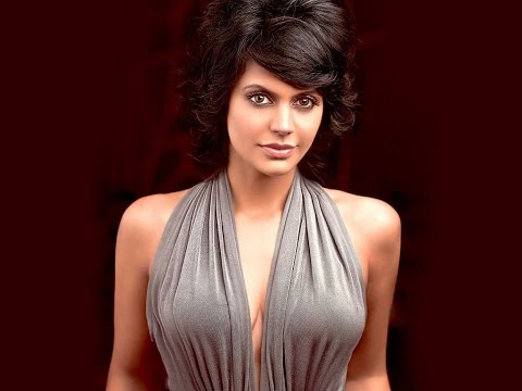 Top 10 Hottest Sports TV Anchor Females In India