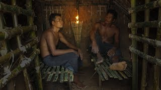 Primitive Technology: Bed Shed In Underground House