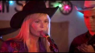 Amanda Holden sings Take Me Home, Country Roads