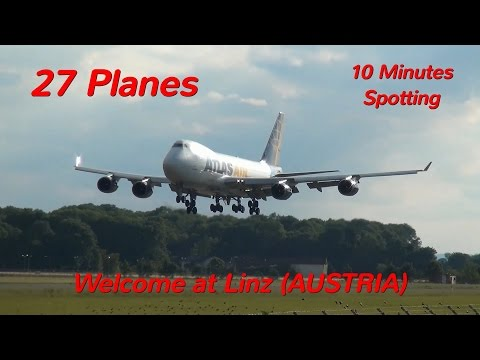 10 Minutes of Planespotting at Linz Airport (LNZ/LOWL) / FULL HD