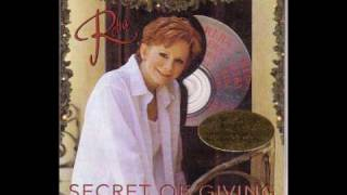 Reba McEntire Secret Of Giving