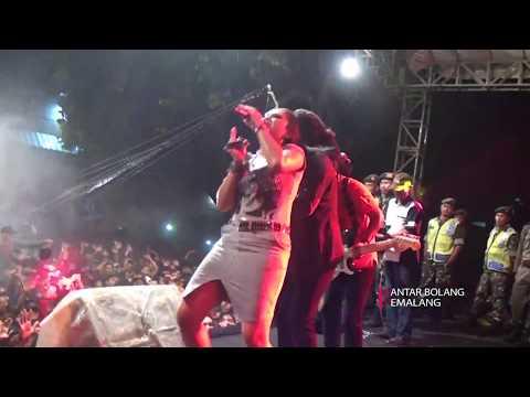 Xxx Mp4 Kelayung Layung Voc Ratna Antika MONATA LIVE PEMALANG 2017 SEASON 2 3gp Sex
