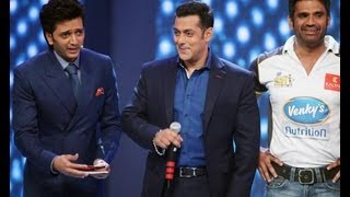 Celebrity Cricket League 2013: Salman khan unveils Mumbai Heroes