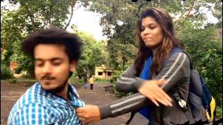 मैडम आपकी हेडलाइट ऑन हे || Madam Aap Ki Headlight On Hai ( gone wrong ) (Bakchodi) Pranks in India