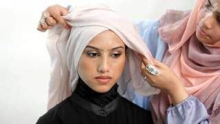 Style: How to wear Hijab for work