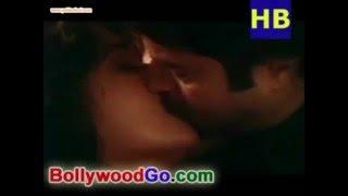 Madhuri Dixit kissing Anil Kapoor