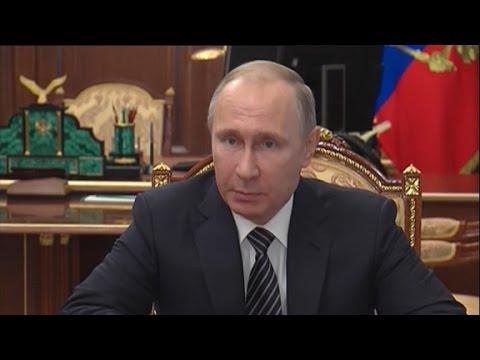 watch U.S. investigating Flynn calls with Russian Ambassador