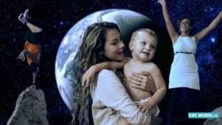 Voltaj & Deepside Deejays - I Wanna Be Free (Official Video)