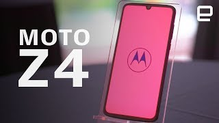Moto Z4 Hands-On: another take on the modular phone