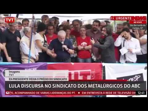 Lula bêbado se entrega no