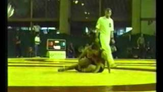 Cradle pin in bodybuider's type girl vs Norge blonde wrestling match
