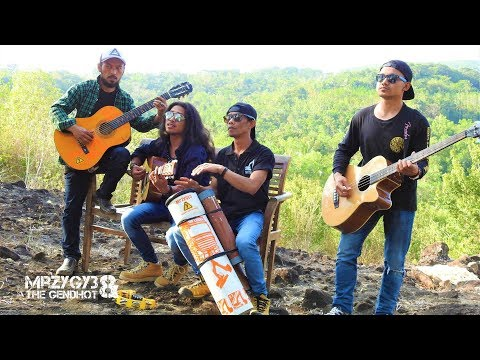 Sebuah Lagu Untuk Nike Ardila Acoustic Pengamen Jos