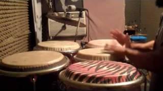 Paoli Mejias conga solo slap and bass sound with both hands-practica de bajos y secos