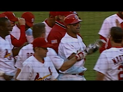 HOU@STL: Pujols hits walk-off homer in the 13th