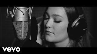 Kira Isabella - Missing You (Stripped Down Version)