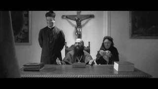 Ciprì Maresco   Il Ritorno Di Cagliostro cardinale sucando