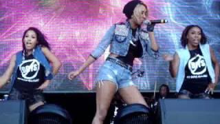 Keri Hilson Pretty Girl Rock Performance w/Dancers Brittany Perry-Russell & Alex Upshur