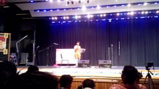 Surojit Bandyopadhyay singing Purano Shei Diner Katha - Indianapolis Oct 2012