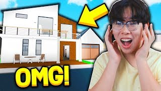 SURPRISING MY LITTLE BROTHER WITH A BLOXBURG MANSION!! (Roblox)