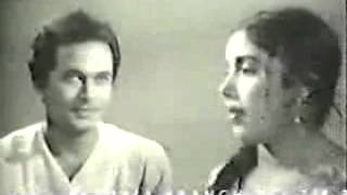 BANGLA MOVIE SONG of RAZZAK & KOBORI on SONALI  AKASH  Mora Aar Jonome Hongsho Mithun Chilam