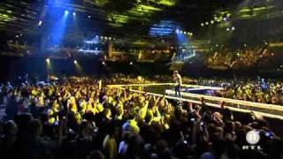 Justin Bieber Love Me En Vivo HD