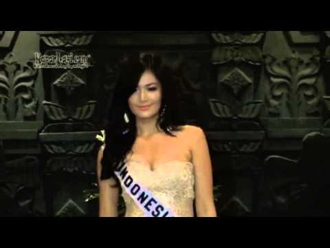 Xxx Mp4 Pose Pose Seksi Maria Selena Pakai Bikini 3gp Sex