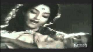 main gaoon tu chhup ho ja.. lata-vasant desai-bharat vyas-do aankhen barah hath