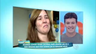 Rodrigo Júnior Vende Cocada Para Realizar Sonho De Ser Cantor