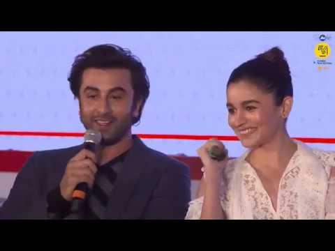 Xxx Mp4 Ranbir Kapoor Alia Bhatt Karan Johar At Jio MAMI Movie Mela 3gp Sex